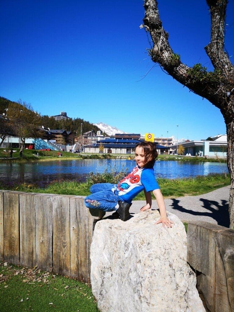Nachhaltig reisen und Naturerfahrung mit Strandfeeling: Die Jugendherberge Crans-Montana