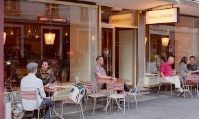 PLÜSCH – CAFE BAR