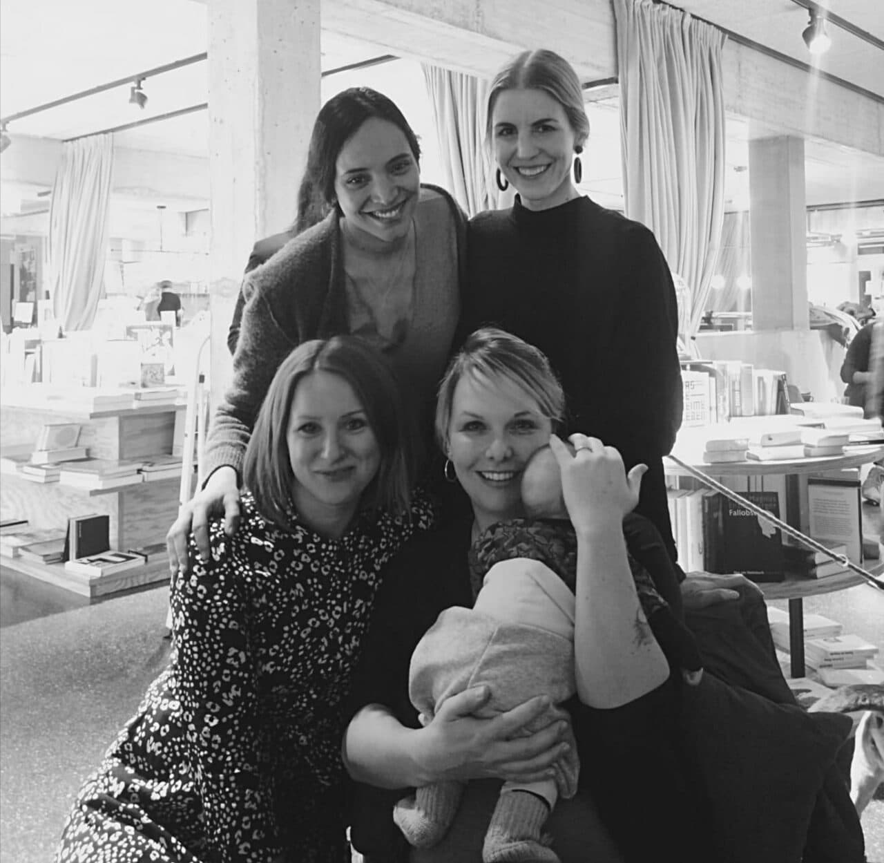 Member Spotlight: It's a Mom's World der neue Elternpodcast von Jenni, Sereina und Nadine
